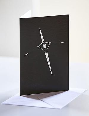 Kort og konvolut sort/hvid protræt af fotokunst plakat